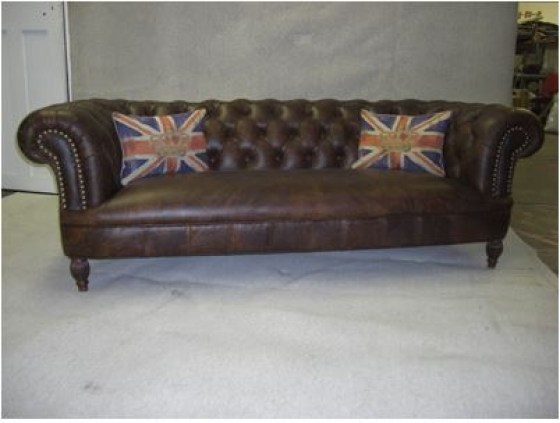 Chesterfield High Leg